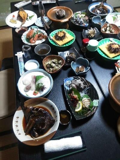 壱岐かねや別館の豪華海鮮料理