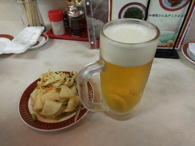 福岡県餃子李の生ビ―ルと干豆腐