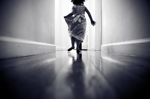 少女に迫りくる魔の手