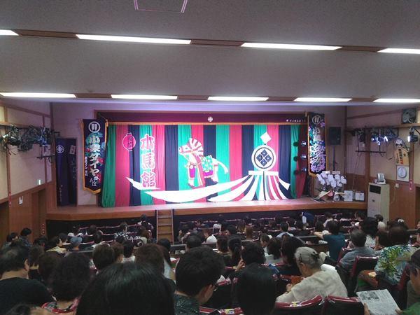 浅草大衆演劇芝居小屋木馬館内観