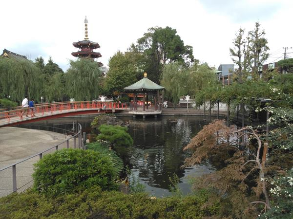 川崎大師鶴の池